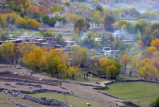 С таджикского берега афганкие кишлаки видны, как на ладони Фото: Игорь Ротарь